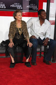 Cloris Leachman & Roger Cross — Stock Photo