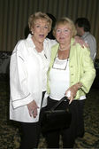 Jeanne Cooper and Lee Bell — Stock Photo