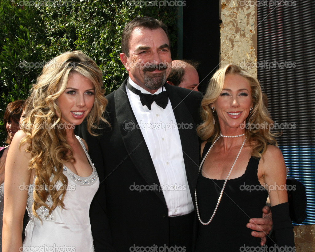 tom selleck famille photo ditoriale jean nelson 13058647. Black Bedroom Furniture Sets. Home Design Ideas
