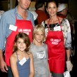 Постер, плакат: Cindy Crawford & Familly
