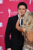 Chuck Wicks & Julianne Hough — Stock Photo