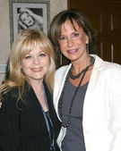 Patty Denney and Jess Walton — Stock Photo
