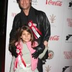Sean Kanan with daughter — Stock Photo