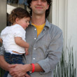 Hamish Linklater & Daughter Lucinda Rose — Stock Photo
