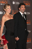 Chuck Lorre and Wife — Stock Photo