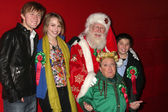 Jason Dolley, Bridgit Mender, Tom Connaghan - as Santa Claus, Michael Lee Gogin, Bradley Steven Perry — Stock Photo