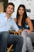 Eric Winter & Roselyn Sanchez — Foto Stock