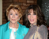 Jeanne Cooper, Kate Linder — Stock Photo