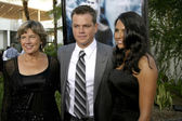 Matt Damon & wife Luciana and his mother — Stock Photo