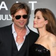 Brad Pitt and AngelinJolie — Stock Photo #13099322