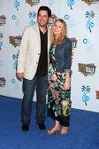 Jonathan Silverman and Jennifer Finnigan — Stock Photo