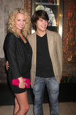 Molly McCook & Devon Werkheiser — Stock Photo