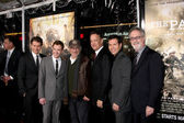 James badge dale, joe paura, steven spielberg, tom hanks e jon seda — Foto Stock