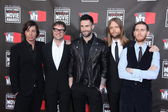 Matt Flynn. Mickey Madden. Adam Levine, James Valentine, and Jesse Carmicha — Stock Photo
