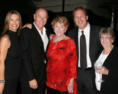 Amanda Pays, Corbin Bernsen,Jeanne Cooper, Collin Bernsen & Jean — Stock Photo
