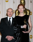 Alan Arkin & Tilda Swinton — Stock Photo