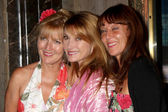 Jane Seymour & Sisters — Stock Photo