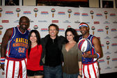 Big Easy, Maria Ho, Phil Keoghan, Tiffany Michelle, Flight Time — Stock Photo