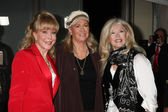 Barbara Eden, Diane Ladd, Connie Stevens — Stock Photo