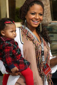 Christina Milian & daughter Violet — Stock Photo