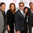 Постер, плакат: The Mentalist Cast Tim Kang Amanda Righetti Simon Baker Robin Tunney Owain Yeoman