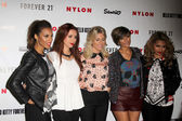 Singers Rochelle Wiseman, Una Healy, Mollie King, Frankie Sandford and Vanessa White — Stock Photo
