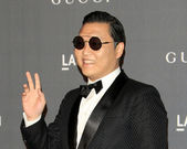 Psy arrives at the LACMA 2012 Art and Film Gala — Stock Photo