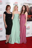 Christina Hendricks, Elle Fanning, Alice Englert — Stock Photo