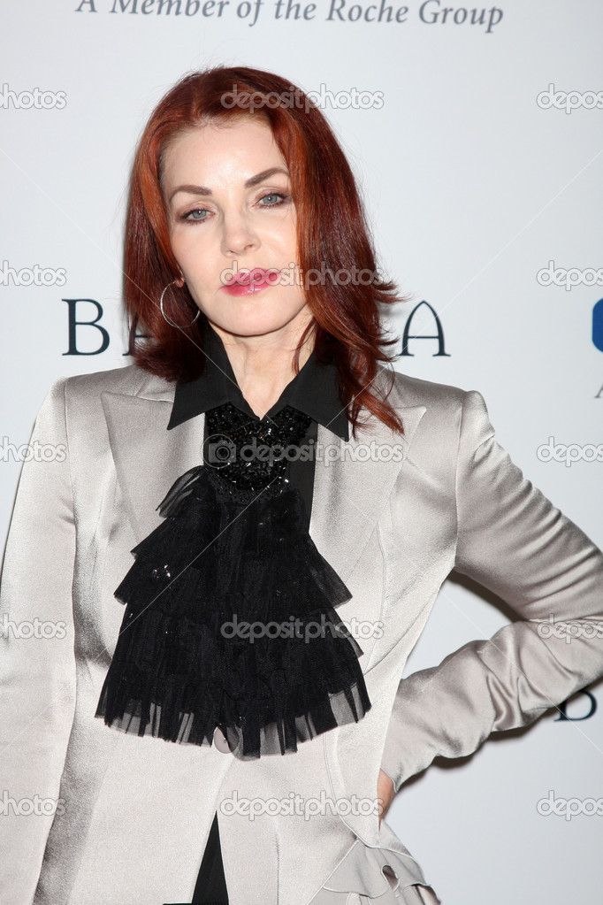 LOS ANGELES - NOV 16: Priscilla Presley arrives for the 11th Annual Celebration of Dreams at Bacara Resort & Spa on November 16, 2012 in Santa Barbara, CA.  — Stock Photo #15186809