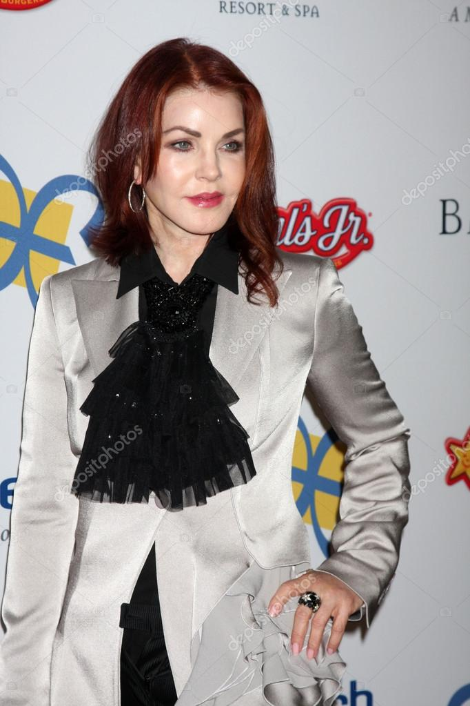 LOS ANGELES - NOV 16: Priscilla Presley arrives for the 11th Annual Celebration of Dreams at Bacara Resort & Spa on November 16, 2012 in Santa Barbara, CA.  — Stock Photo #15187173