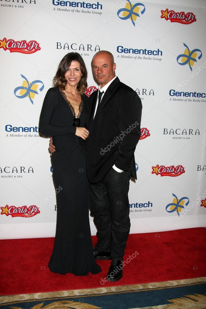 LOS ANGELES - NOV 16: Finola Hughes, Russell Young arrives for the 11th Annual Celebration of Dreams at Bacara Resort &amp; Spa on November 16, 2012 in Santa Barbara, CA  Stock Photo #15190389