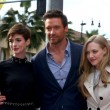 Anne Hathaway, Hugh Jackman, Amanda Seyfried — Stock Photo