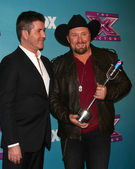 Tate Stevens - Winner of 2012 X Factor, Simon Cowell — Stock Photo
