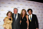 Dorothy Best, James Best, Janeen Damian, Michael Damian arrives at the Hallmark Channel — Stock Photo