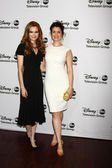 Darby Stanchfield, Bellamy Young — Stock Photo