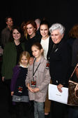 Marlene Willis with granddaughters Hayley Willis, Sienna Willis, Tallulah Belle Willis, Rumer Willis — Stock Photo