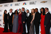 Scandal Cast and Shonda Rhimes — Stock Photo