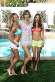 Candice Swanepoel, Karlie Kloss, Alessandra Ambrosio — Stock Photo