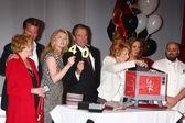 Lee Bell, Peter Bergman, Melody Thomas Scott, Eric Braeden, Jeanne Cooper, Jess Walton, Duff Goldman — Stock Photo