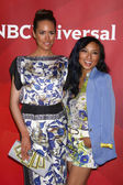 Louise Roe, Jeannie Mai — Stockfoto