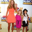 Denise Richards, daughter Lola, friend - Stockfoto