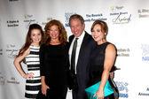 Kaitlyn Dever, Nancy Travis, Tim Allen, Amanda Fuller — Stock Photo