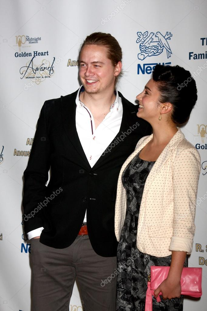 Rumored boyfriend and girlfriend couple: Christoph Sander and Molly Ephraim