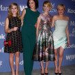 Kiernan Shipka, Jessica Pare, January Jones, Elisabeth Moss — Stock Photo