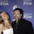 demian bichir and wife stefanie shark — Stock Photo