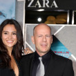 Emma Heming, Bruce Willis — Stock Photo