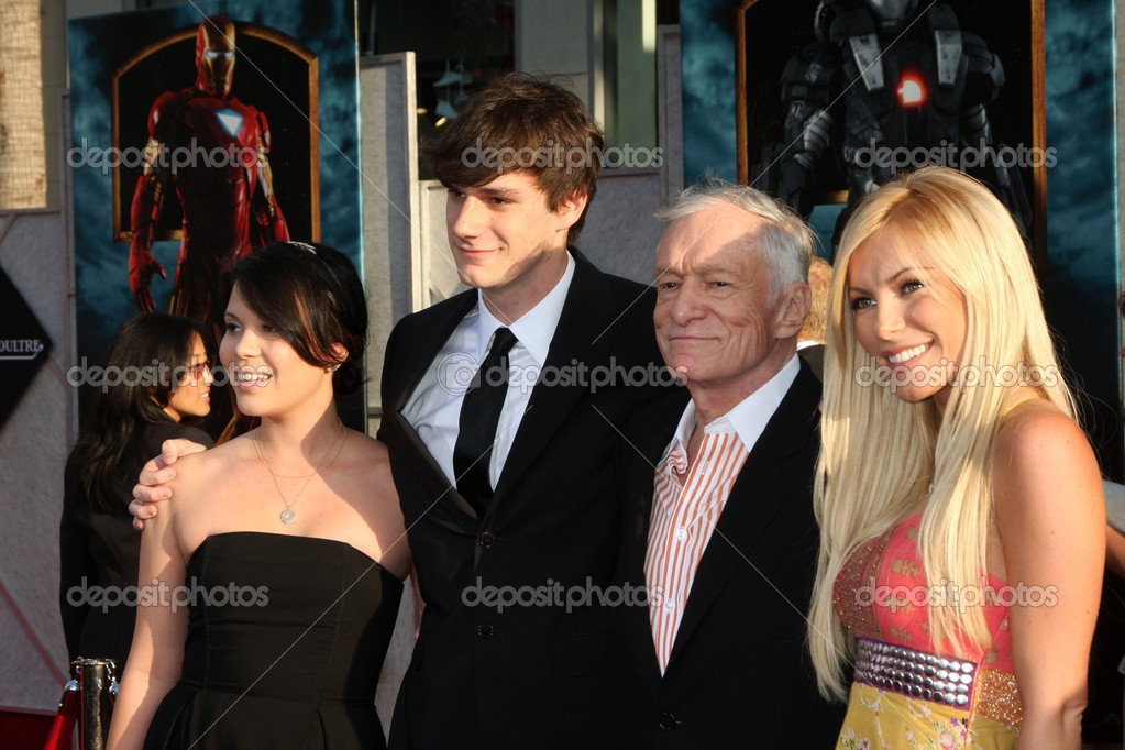 Family photo of the celebrity, married to Crystal Harris, famous for Playboy.