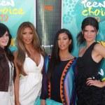 Постер, плакат: Kim & Khloe Kardashian with Jenner Sister