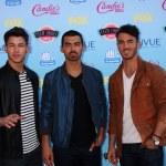 Nick Jonas, Joe Jonas, Kevin Jonas — Stock Photo #29705229