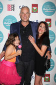 Barbie Cassaventes, Nick Cassavetes, Gina Cassavetes — Stock Photo